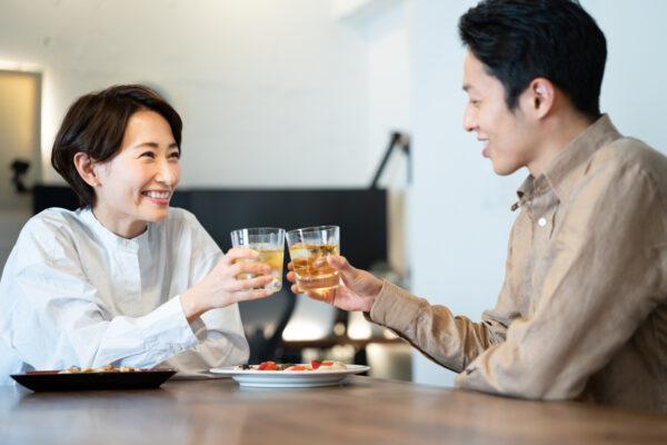 同じ蒸留酒の焼酎とウイスキー。その違いはいったいなに?原料と製法を解説